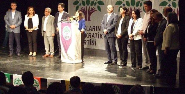 HDP Diyarbakır adaylarını tanıttı: 'Amedspor gibi HDP'nin de 11'i olacak'