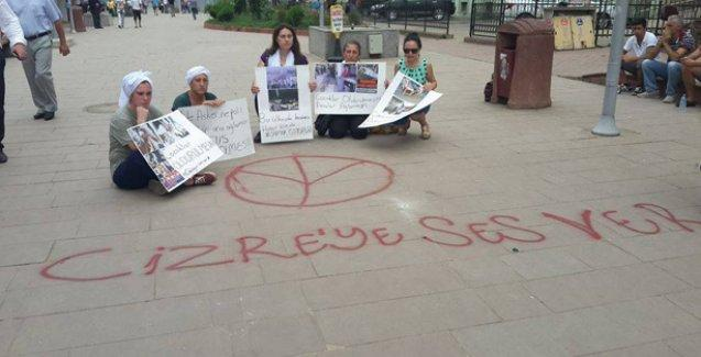 Hopalı kadınlardan 'Cizre'ye ses ver' eylemi
