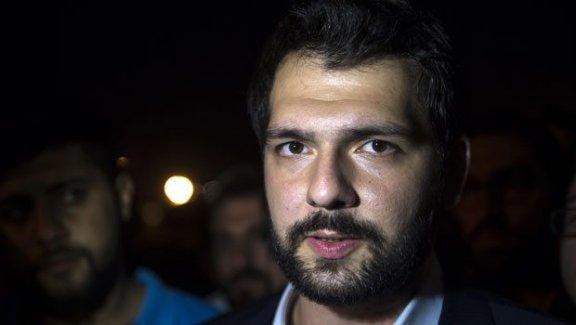 Hürriyet'e saldıran gruptaki AKP'li vekil, Kongre'de Divan üyesi seçildi