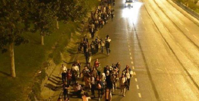 İstanbul'dan Edirne'ye yürüyen mültecilere polis müdahalesi