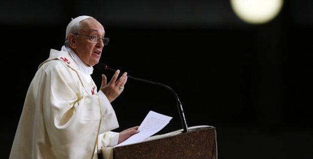 Papa: Kilise'ye Küba'da daha fazla serbestlik sağlansın