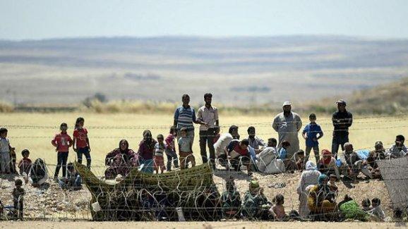 Times: Türkiye Suriye'deki savaştan kaçan Kürtleri soğuk karşılıyor