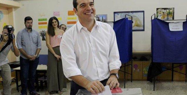Tsipras oyunu attı ve ilk mesajını verdi