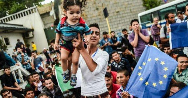 AB: Mültecilerin Türkiye'de kalması konusunda anlaşıldı