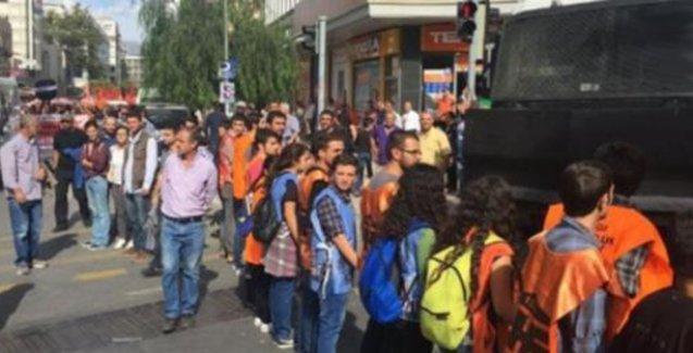 Ankara'da katledilen Berna Koç'un cenazesini TOMA'dan korudular