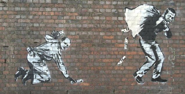 Baba-oğul Erdoğanlar Londra duvarlarında