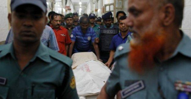 Bangladeş'te bir laik yayıncı daha öldürüldü