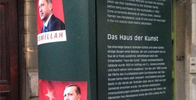 Belçika'daki Erdoğan afişlerine 'çevre kirliliğinden' ötürü para cezası