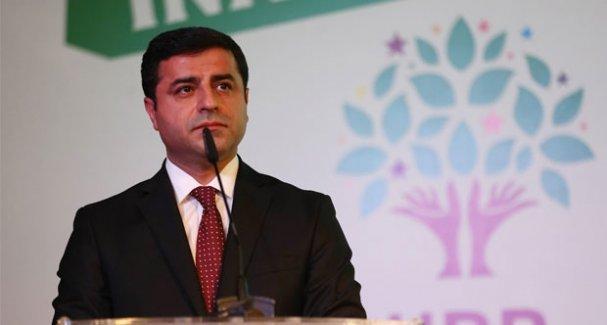 Demirtaş: Davutoğlu'nun yerde sürüklenen kişiyi suçlayan açıklaması utanç verici