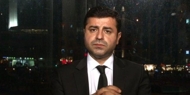 Demirtaş: IŞİD devlet desteği olmadan böyle bir saldırı yapamaz