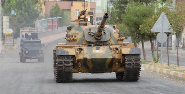 Diyarbakır'da 'darbe' görüntüleri