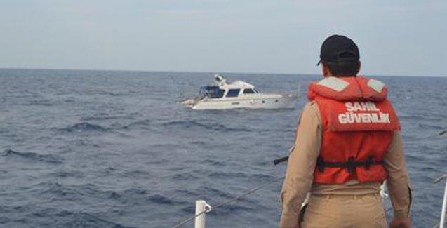 Ege'de mülteci botu battı: 2 ölü, 7 kayıp