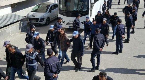 Eskişehir'de katliamı protesto eden 5 kişi tutuklandı