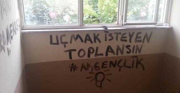 HDP il binasına 'AK Gençlik' imzalı yazılar: 'Ankara merkez patlıyor herkes'