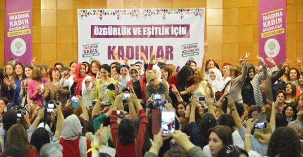 Figen Yüksekdağ: HDP'nin baraj altında bırakılması imkansız!