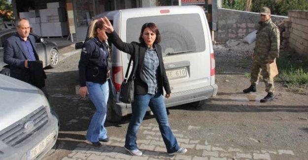 Iğdır il ve ilçe belediye eş başkanları tutuklandı
