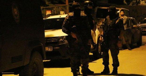 İstanbul'da ev baskınları: HDP'li vekil adayının oğlu gözaltında