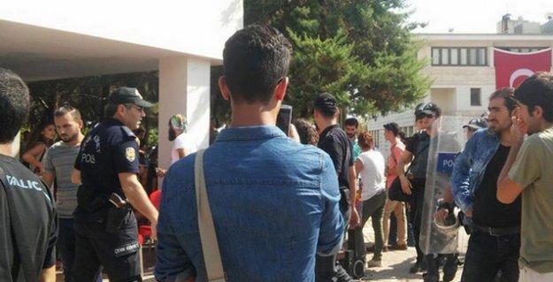 Mersin'de Aziz Güler anmasına polis saldırısı