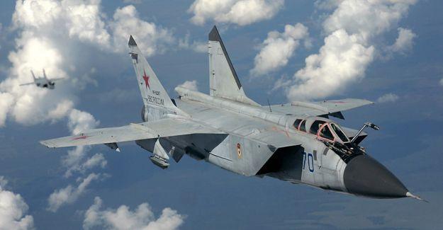 Rusya: IŞİD Suriye'den geri çekiliyor