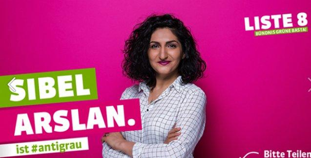 Türkiye kökenli Sibel Arslan İsviçre Ulusal Parlamentosu'nda