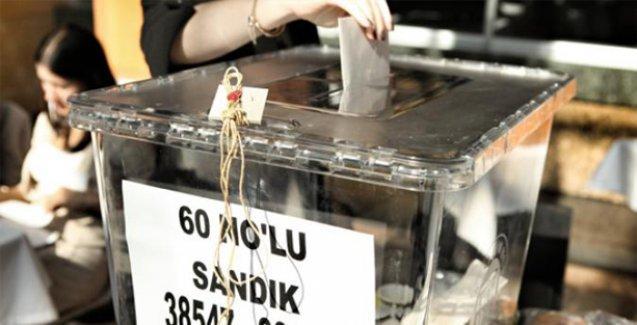 Kayseri'de HDP müşahitleri polis zoruyla okuldan çıkarıldı