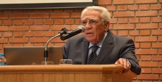 86 yaşındaki profesöre 'asker kaçağısın' baskını