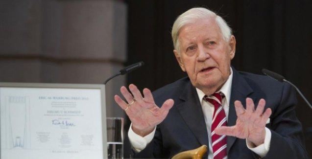 Almanya'nın eski Başbakanı Helmut Schmidt hayatını kaybetti