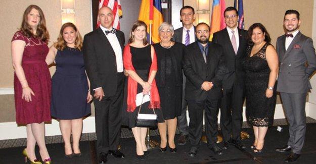 Amerikalı Ermeniler Ulusal Komitesi'nden Fethiye Çetin ve Nor Zartonk'a ödül