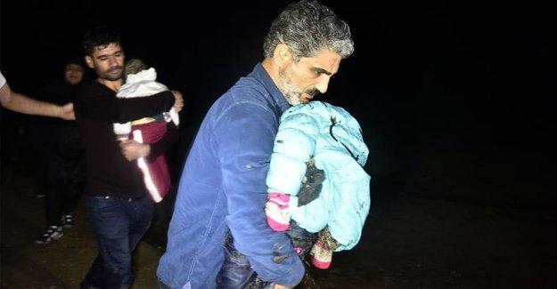 Bodrum'da mültecileri taşıyan tekne battı: 2 çocuk öldü