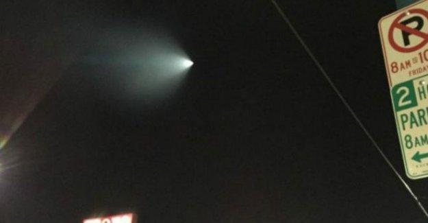 California'da gökyüzünde 'esrarengiz cisim' paniği