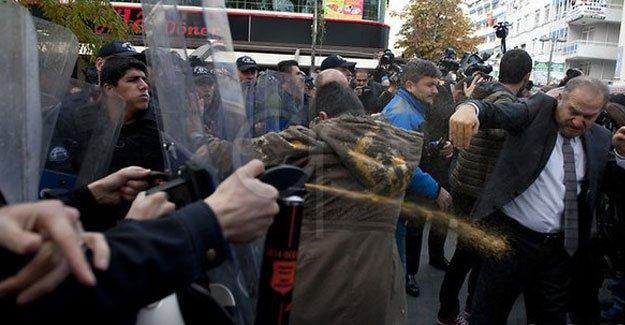 CHP'li Levent Gök biber gazı nedeniyle hastaneye kaldırıldı