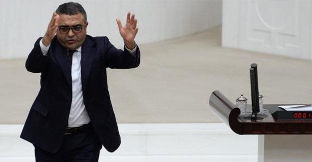 CHP'li Tanrıkulu, AKP'lilerin Tahir Elçi konusundaki tepkisi nedeniyle konuşmasını yarıda bıraktı