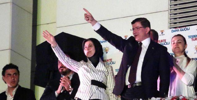 Davutoğlu:  Bütün partileri yerli ve milli bir anayasa yapmaya çağırıyorum
