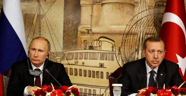 Guardian: Putin Türkiye'ye 'Teröristlerin suç ortağı' derken haklı mı?