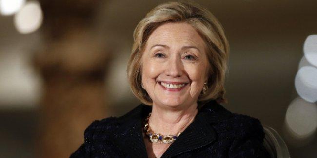 Hillary Clinton: Suriye'de güvenli bölge oluşturulmalı