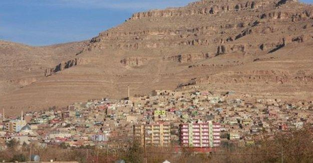 Mardin Derik'te ev baskınları