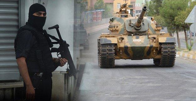 Hazro'da sokağa çıkma yasağı sona erdi