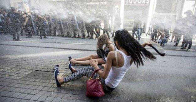 Onur Yürüyüşü'ne saldıran polislere soruşturma izni çıkmadı