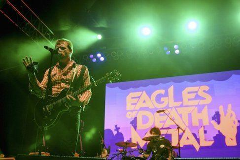 Paris'teki katliamdan kurtulan Eagles of Death Metal grubu sessizliğini bozdu