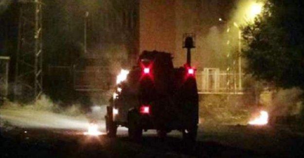 Silopi'de zırhlı polis aracına roketli saldırı: 3 polis yaşamını yitirdi