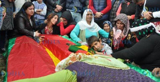 Silvan'da öldürülen Engin Gezici ve halası yan yana defnedildi