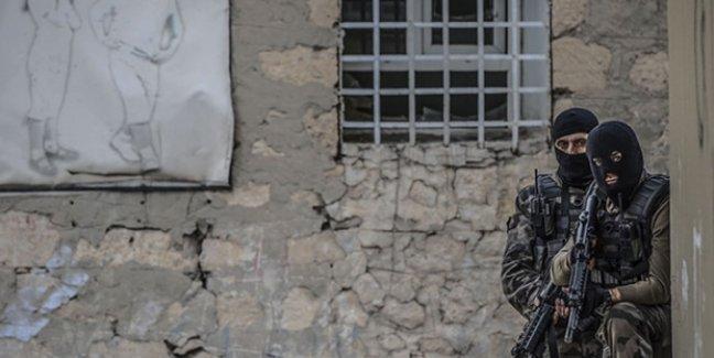 Silvan'da sokağa çıkma yasağı 9. gününde: 'Burada devlet terör estiriyor'
