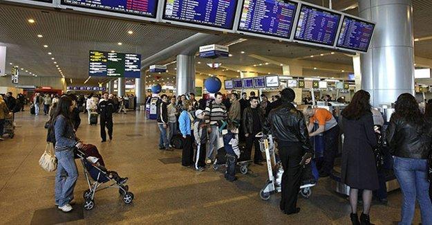 Son iki gündür yaklaşık 40 Türk yolcu Rusya'ya alınmadı