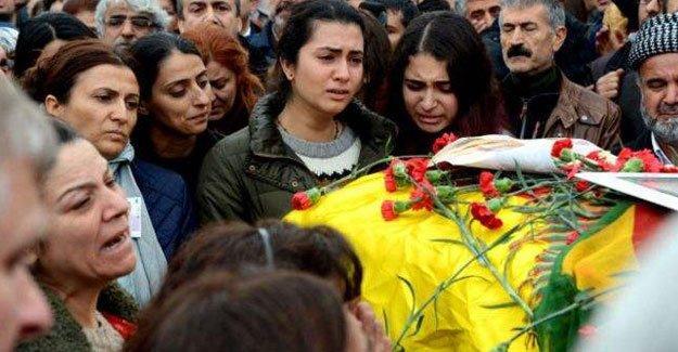 Tahir Elçi'nin öldürülmesi: 'Faili meçhullerin kınalı güvercini'