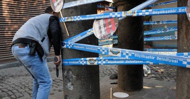 Tahir Elçi saldırısında ölen polis sayısı 2'ye yükseldi