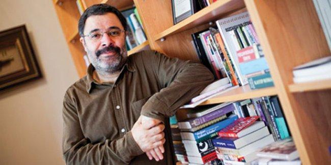 Ahmet Ümit: AKP'liler de mutsuz uyanıyor,  her an bir şey olabilir diye bekliyorlar