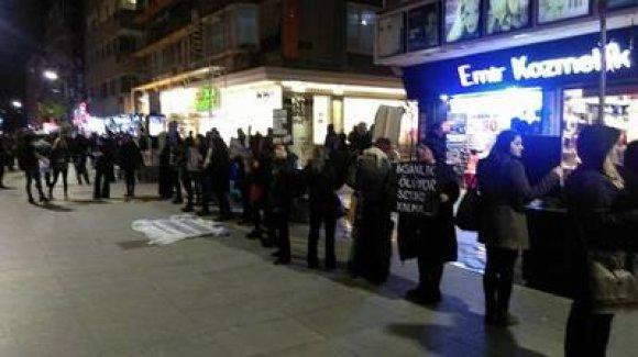 Batı illerinde barış için tutulan nöbetler devam ediyor