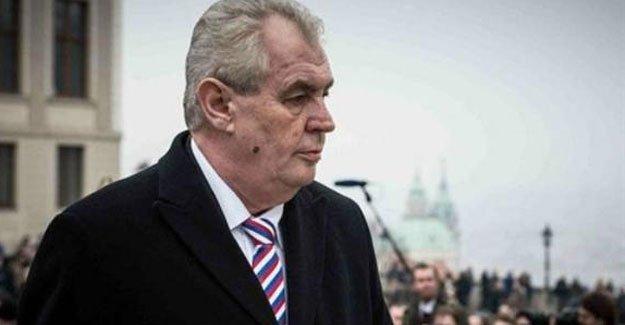 Çek lider: Türkiye IŞİD müttefiki gibi hareket ediyor