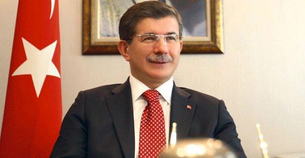 Davutoğlu: Fırat'ın batısına PYD değil Arap unsurlar geçti