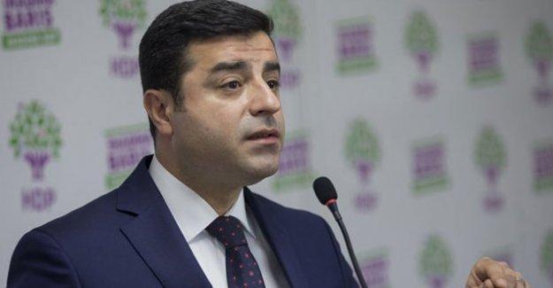 Demirtaş: Davutoğlu, madem siyasi çözüm istiyorsun al reisini gel Cizre'ye